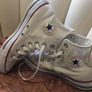 White ankle top convers sneakers